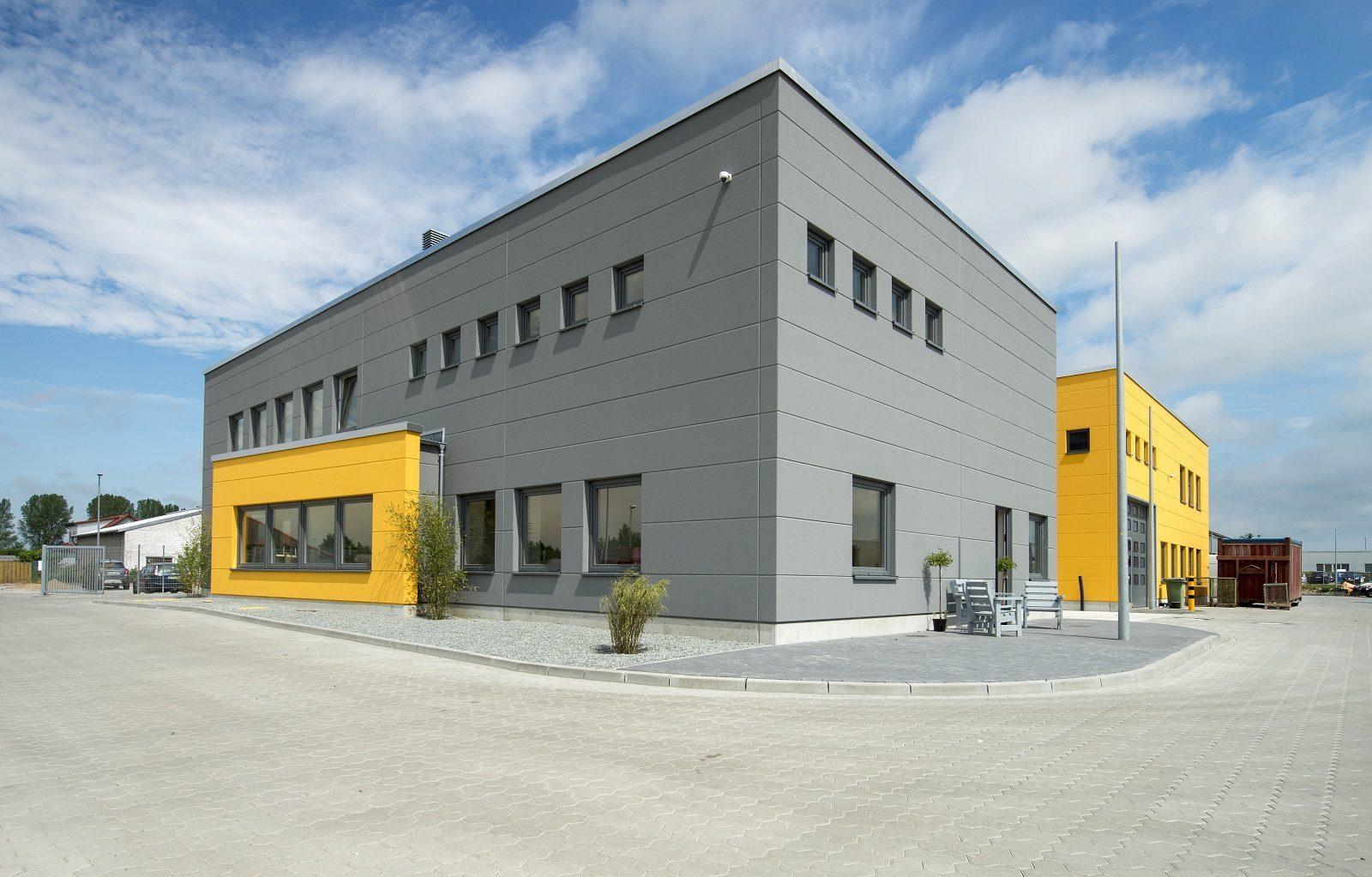 hallenbau in norddeutschland hansa. Black Bedroom Furniture Sets. Home Design Ideas
