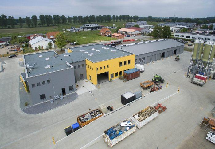 Vogelperspektive auf Industriehallenbau Oldenburg
