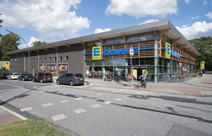 Glasfront und Wandplatten am Edeka Hamburg